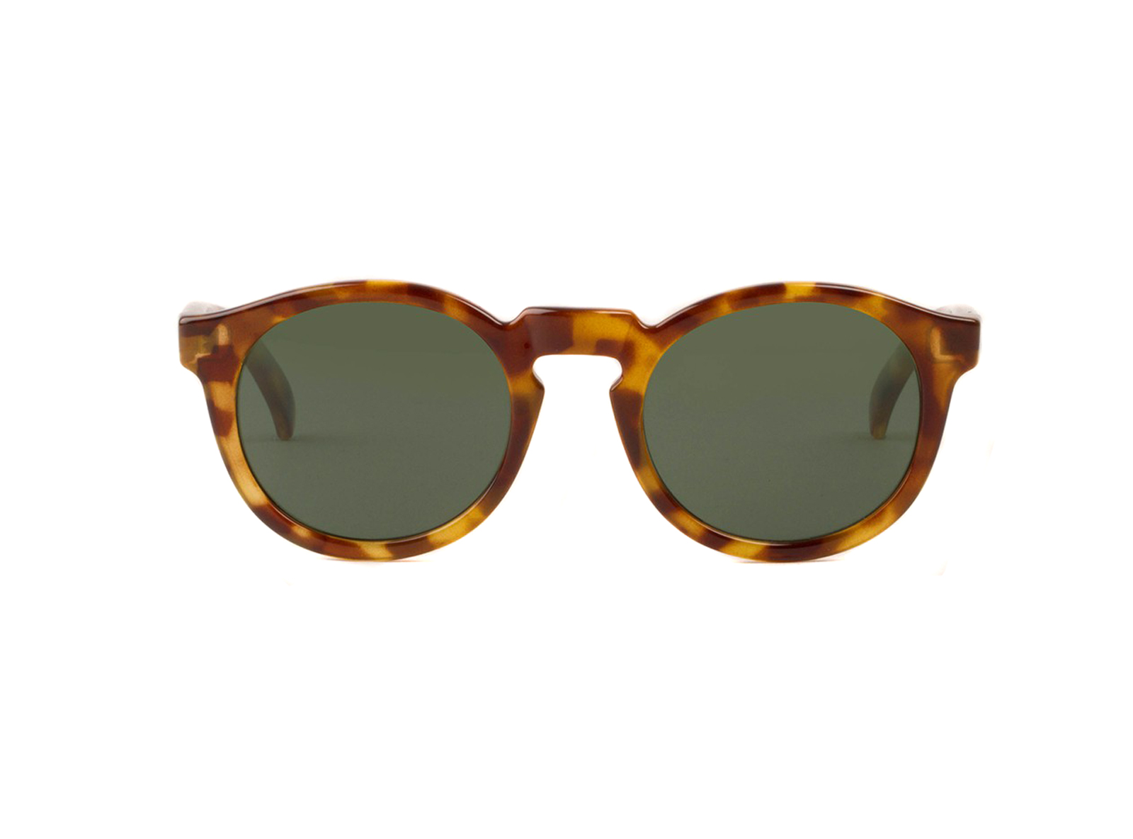 AH-11High-Contrast-Tortoise-Jordaan-with-classical-lenses
